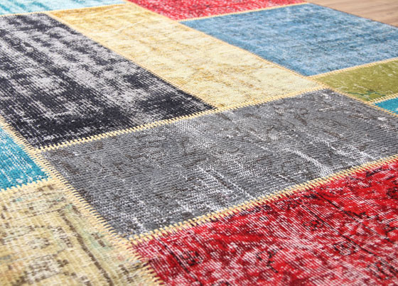 Standard Patchwork: The patchwork rug manufactured via cutting used traditional woolen handmade rugs (collected from different regions) into small pieces and combining them by hand workmanship