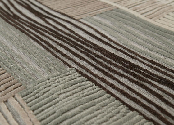 Caprice: Natural viscose and acyrlic chenille machine made rug