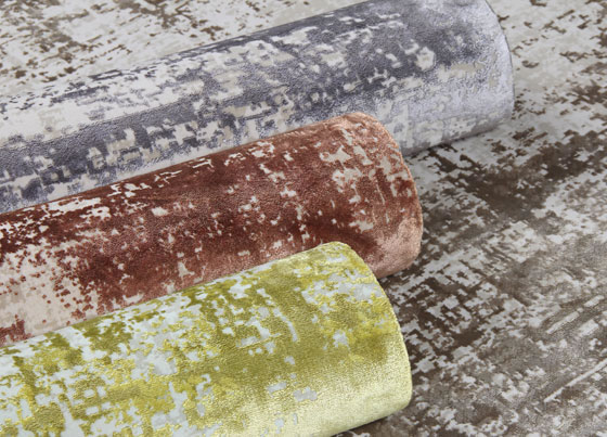 Cordoba: Viscose and acrylic machine made rug