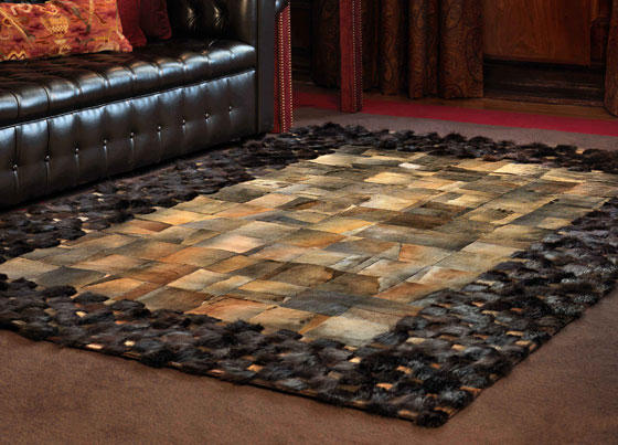 Onno Fur: Handmade rug with various leather and fur - flexibility in colors and sizes